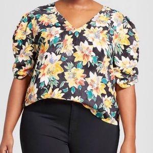 New Plus size floral top